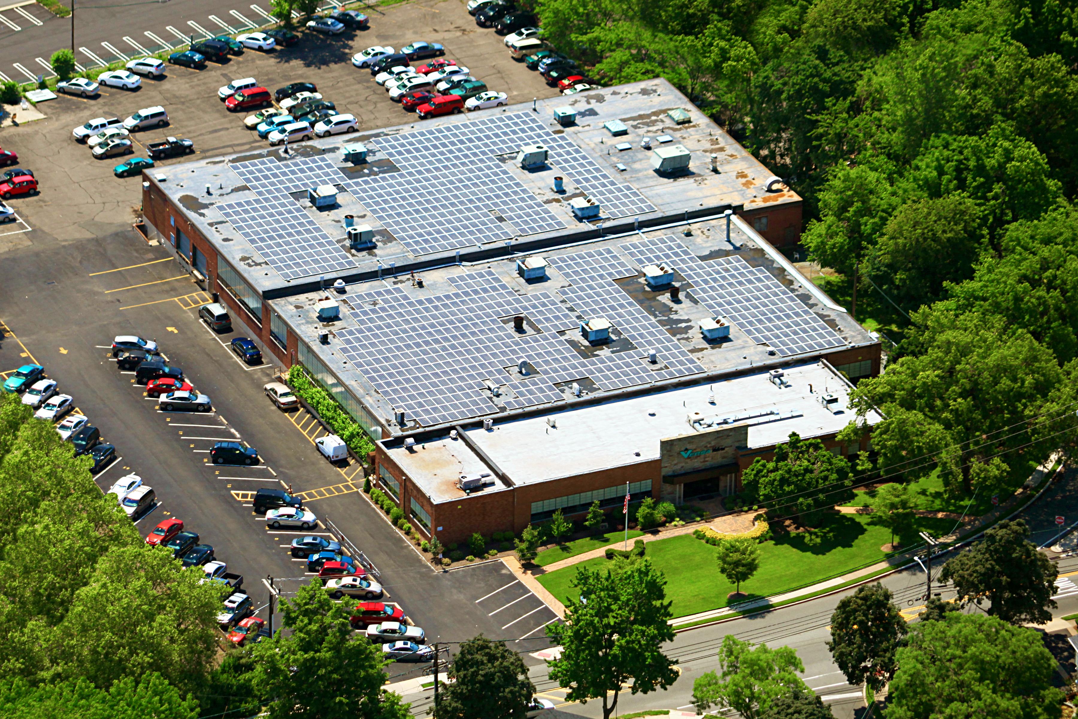 versa-products-company-green-solar-panels